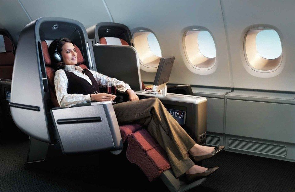 Qantas Airways Business Class Photo