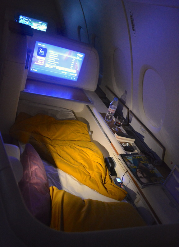 Sleeping on Thai Airways A380 in First Class